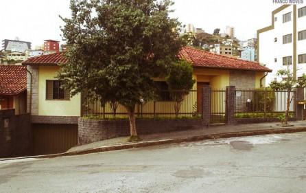 Cód. 1275C – Casa Santa Ângela