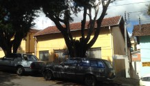 Cód 1333C - Casa centro próximo Santa Casa.